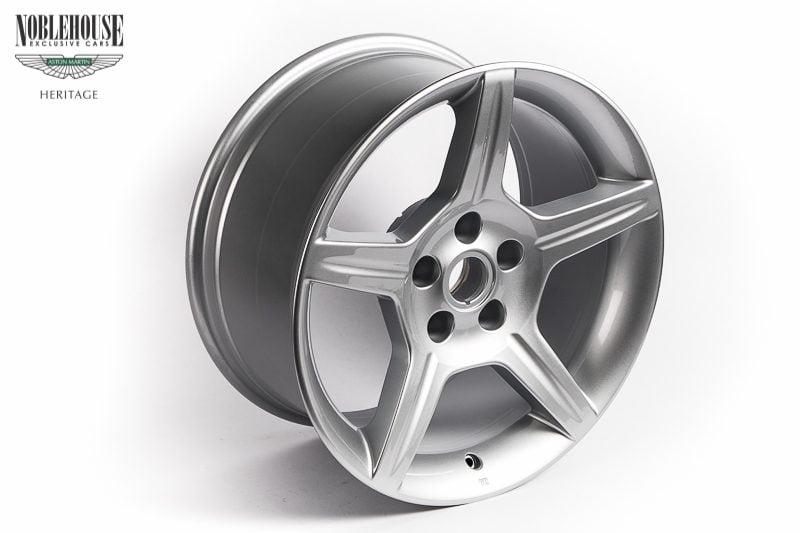 DB7 Zagato & DB AR1 Road Wheel Rear 9 x 18 / New Old Stock Silver