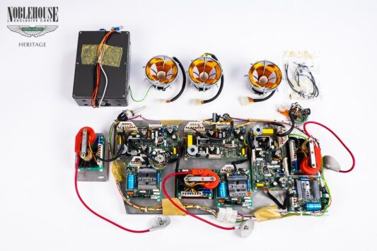 Lagonda High Voltage Dashboard Service Kit LH / New Old Stock