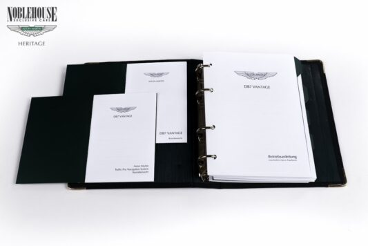 DB7 Handbook Vantage German / New Old Stock