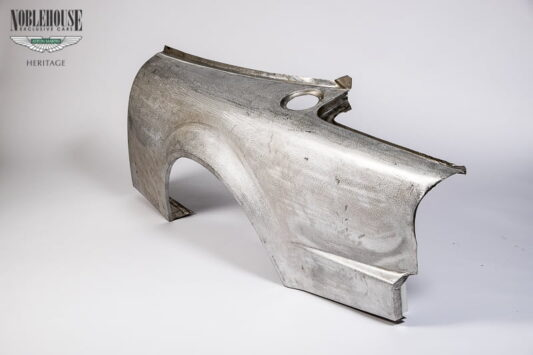 Le Mans Rear Wing Assembly LH (62-74811)