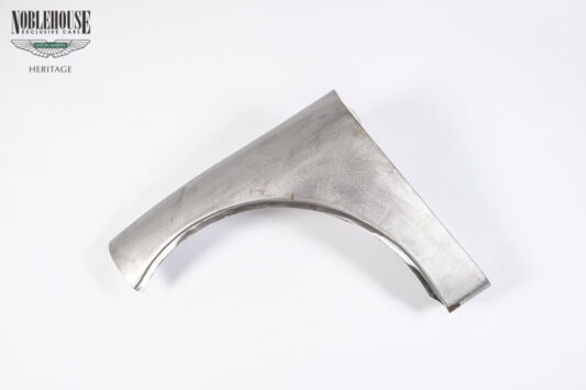 XK150 Rear Wing Front Section RH / New