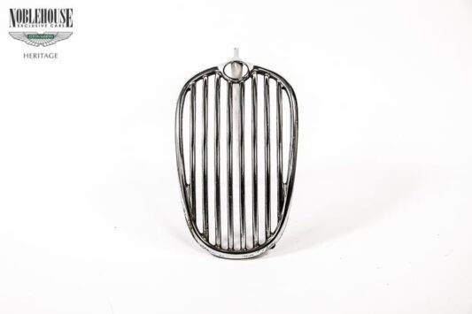 XK140 Grille / Original, Restored