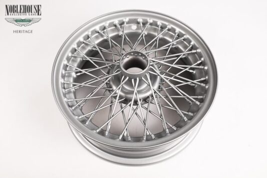 MKII Curly Hub Wire Wheel (Rim) / Original, Restored And Powder Coated Also suitable for Jaguar S-Type / E-Type / Daimler V8