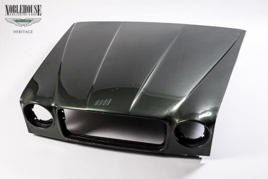 XJ Series 3 Bonnet / Original
