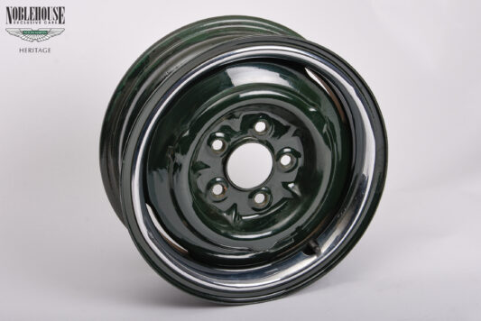 Jaguar MK II Green Steel Rim SET New Old Stock (C27022)
